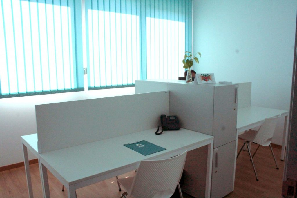 CoWorking INN Offices Sevilla para alquilar un puesto