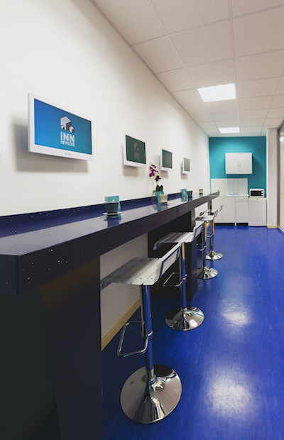 Comedor Centro de negocios Inn Offices mairena del Aljarafe