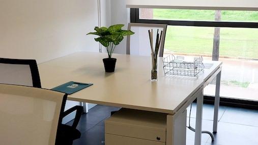 Despacho 3-4 puestos INN Offices centro de negocios en sevilla