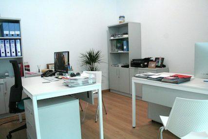 INN Offices Centro de negocios Sevilla Este despacho varios puestos