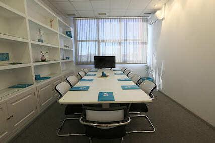 INN Offices Centro de negocios Sevilla Este sala de reunioones en alquiler