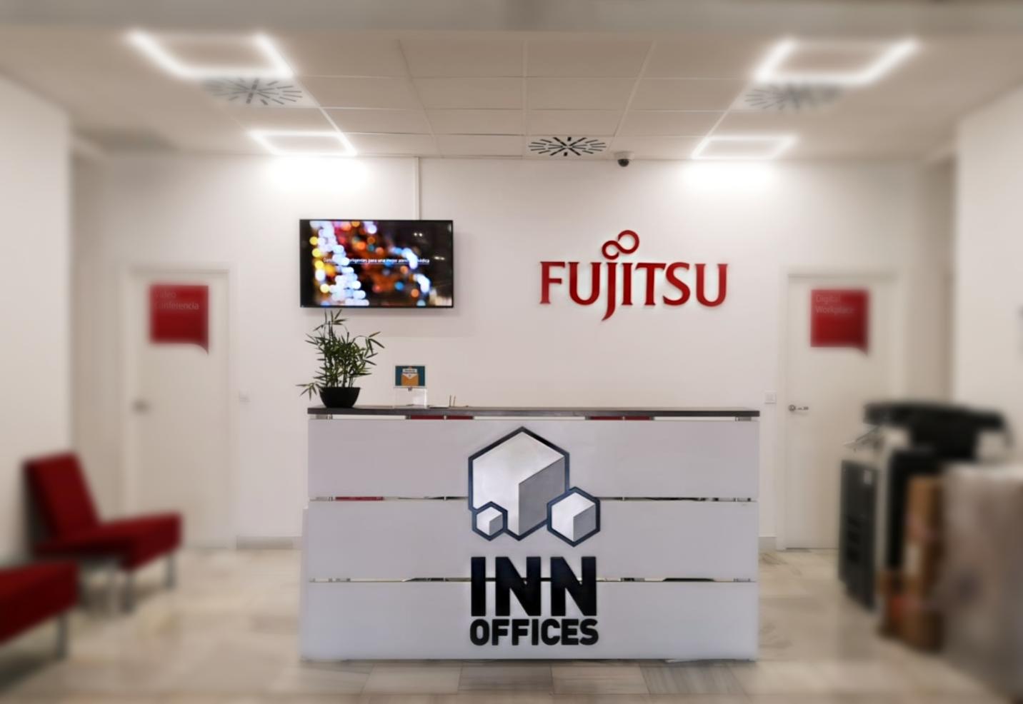 Recepción InnOffices centro de negocios Nervión de sevilla