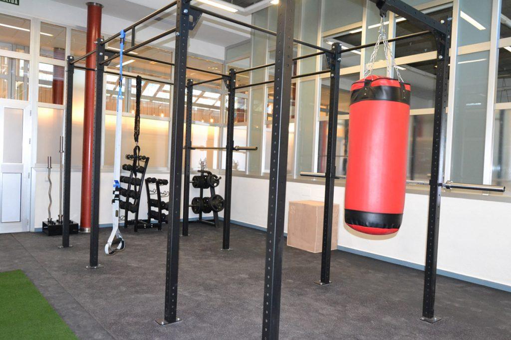 Zona de Fitness GYM centro de negocios inn oficces sevilla para clientes