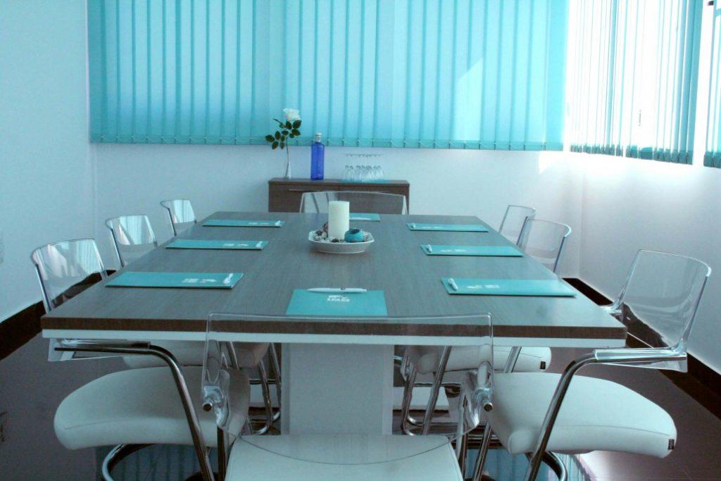 alquila una sala de reunión en centro de negocios de Sevilla