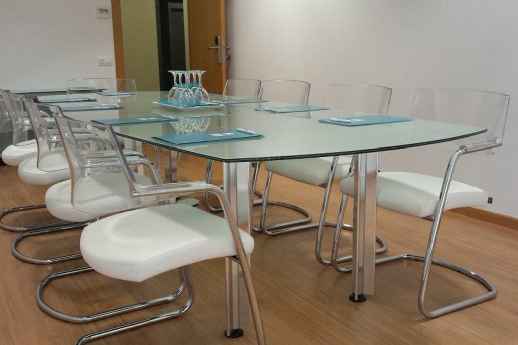 sala de reunión para tus clientes en Sevilla
