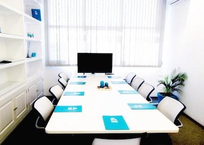 Sala-de-reuniones-Inn-Offices-Sevilla-este-centro-de-negocios